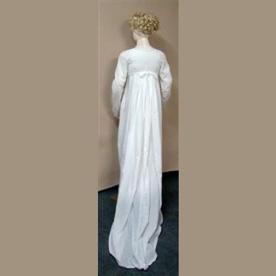 Ladies Round or Trained Gown with a High Stomacher Front c.1800-1810