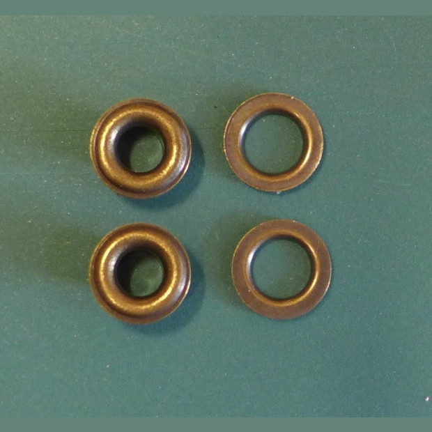 4mm Prym Corsetry Eyelets and Washers  packs of 50 or 500 (with hammer tool)