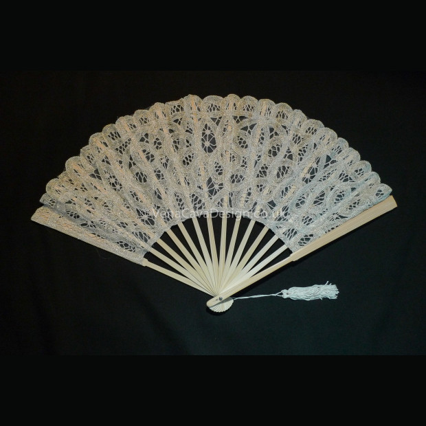 Battenberg Lace Fans (Large)