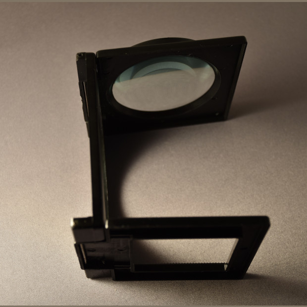 Foldable magnifier - Loupe
